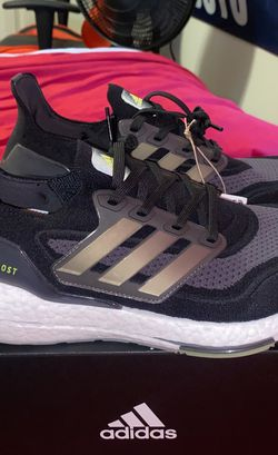 Adidas Ultraboost 21, Size 9 for Sale in Waco,  TX