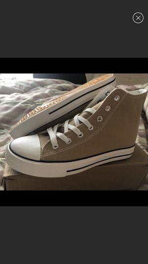 Jenn ardor sneakers for Sale in Freehold, NJ