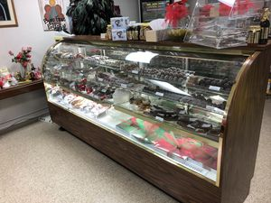 {url removed} Fine Chocolates for Sale and or own a licensee in your City $5,000.00 license fee an Amal's fee of sales for Sale in Tupelo, MS