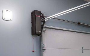 Liftmaster 8500W Garage Door Operato WHOLESALE PRICE for Sale in San Diego, CA