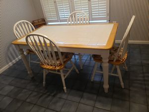 Kitchen table for Sale in Port Tobacco, MD