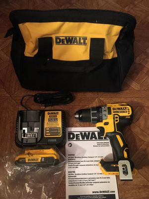 DeWalt. 20V MAX XR Lithium Ion Brushless Compact Drill Driver Kit. DCD791L1. for Sale in Brooklyn, NY