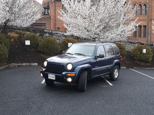 Jeep liberty limited for Sale in Staunton, VA