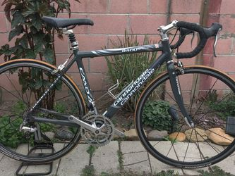 Road Bike CANNONDALE for Sale in Long Beach,  CA