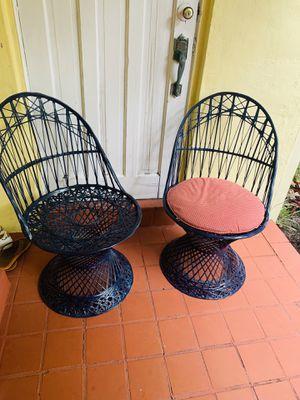 Vintage midcentury. 4 sillas de fibra de vidrio color azul marino for Sale in Miami, FL