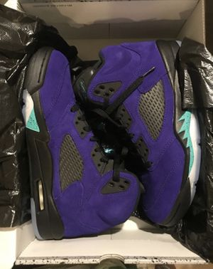 Air Jordan Retro 5 Grape Ape for Sale in Georgetown, TX