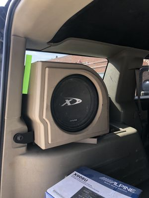 Custom hummer h2 box with 12in xtype alpine sub for Sale in Los Angeles, CA