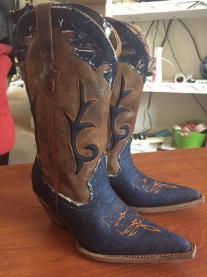 Boots women for Sale in Hyattsville, MD
