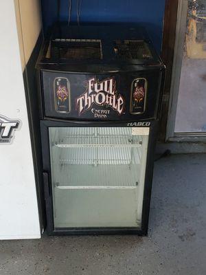Mini fridge for Sale in Fontana, CA