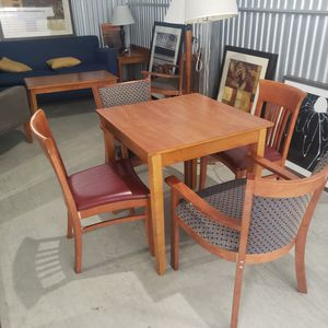 Kitchen table and chairs for Sale in Dumfries, VA
