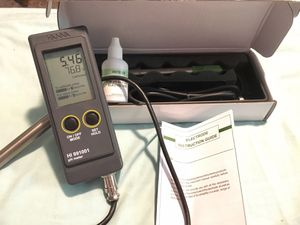 pH Meter w/ extra brand new electrode for Sale in Salem, OR