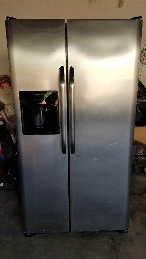 Refrigerator for Sale in Fontana, CA