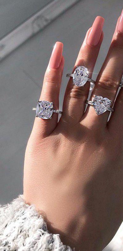 Wedding ring / engagement ring