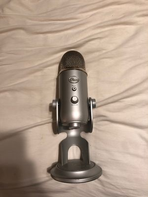 Blue yeti for Sale in Simpsonville, SC