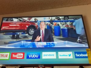 Month old smart tv for Sale in Phoenix, AZ