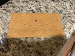 Suade Wallet for Sale in Anaheim, CA