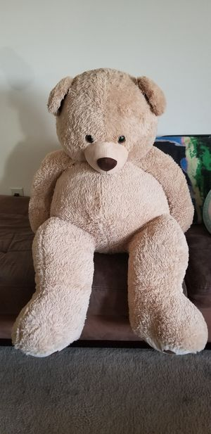 Giant 5 Ft. Teddy Bear for Sale in Temple Hills, MD