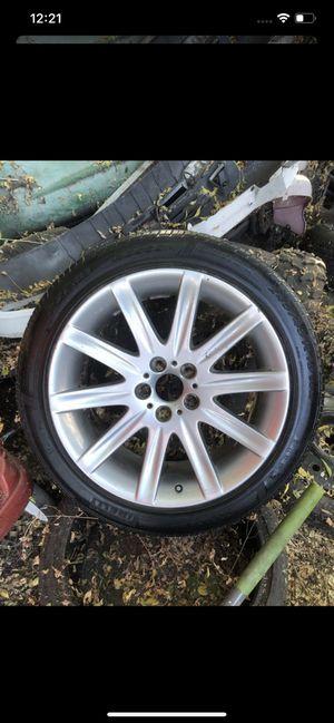 rin para BMW 245/45/R19 nuebo original for Sale in Hacienda Heights, CA