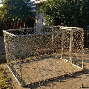 Cage for Sale in Sanger, CA
