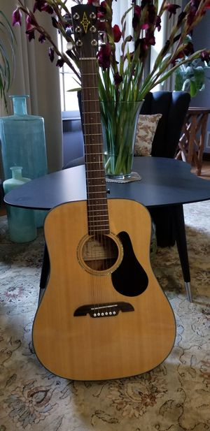 ALVAREZ RD8 ACOUSTIC GUITAR IN LIKE NEW CONDITION . for Sale in Decatur, GA