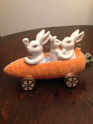 Easter bunnys in a carrot car!! for Sale in Chelsea, MA