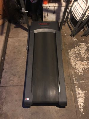 Treadmill weslo G 5.9i for Sale in Commerce, CA
