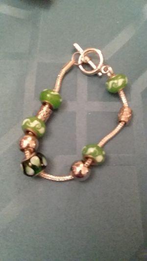 Green beaded bracelet size 7 1/2 for Sale in Midlothian, VA