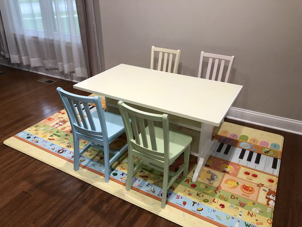 land of nod kids table and 4 chairs