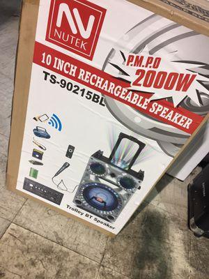 Bluetooth DJ speaker 2000 watts with mic & remote usb,Am/Fm on wheels. New. for Sale in Lutz, FL