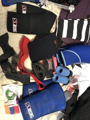 Gym gear, SBD,SLINGSHOT,APT,FAT GRIPS for Sale in Hialeah, FL