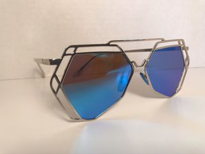 New style fashion sunglasses for Sale in St. Louis, MO