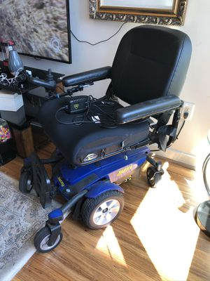 Pride Jazzy Select 6 Power Chair for Sale in Oakland, CA