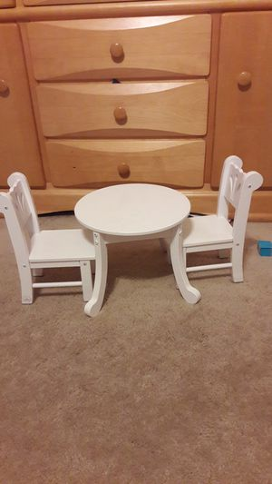Doll table and chair set for Sale in Elburn, IL