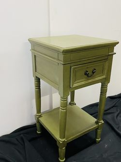 Set Of 2- Green Side Tables for Sale in Portland,  OR