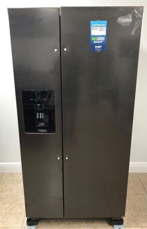 Whirlpool refrigerator 21 cu. ft. Take home for only $40 down EZ Financing!! for Sale in Miami, FL