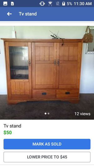 TV stand 50 the lowest I'll take is 45$ for Sale in Avon Park, FL