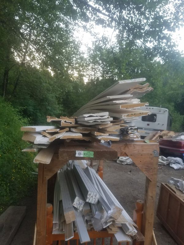 Attention contractors huge lot of trim base molding window and door casing crown molding mostly 16 foot lengths