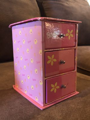 Barbie jewelry box *Vintage for Sale in McDonough, GA
