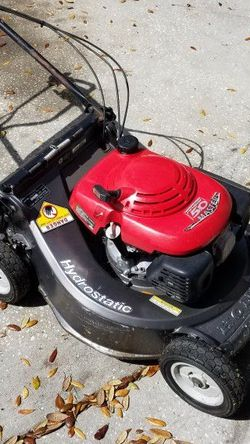 """Honda HR 215 Hydrostatic 21"""" With Bager for Sale in Winter Haven,  FL"""