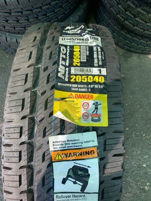 Nitto tires all4 305/70/16 for Sale in Phoenix, AZ