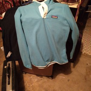 Brand New Patagonia Pullover for Sale in Purcell, OK
