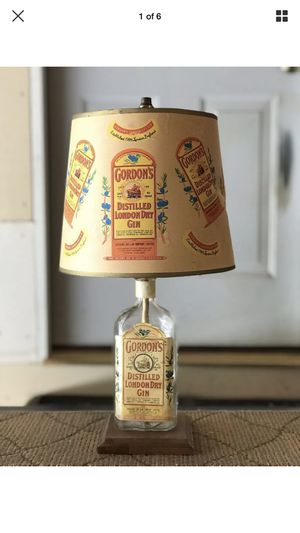 Vintage Gordon's gin lamp for Sale in Los Angeles, CA