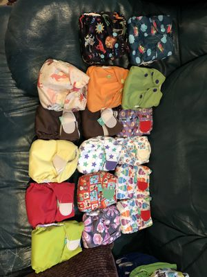 17 newborn diapers in excellent condition for Sale in Redmond, WA