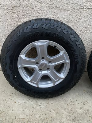 Jeep Wrangler JL wheels and tires for Sale in Clovis, CA