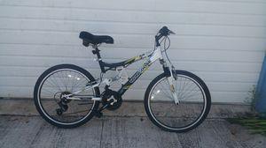 Mongoose mountain bike for Sale in Fort Pierce, FL