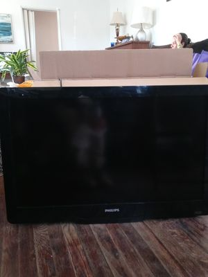 "Panasonic flat screen 40"" for Sale in Pico Rivera, CA"