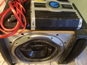 speaker and amplifier for Sale in Caseyville, IL