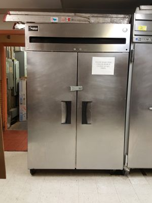 FINAL DAY Commercial Restaurant Delfield 2 Door Reach In Cooler Fridge Refrigerator. for Sale in Hillside, IL