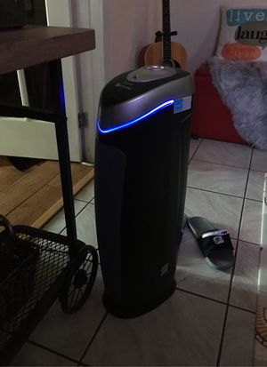 GermGuardian HEPA UV light air purifier for Sale in Hialeah, FL