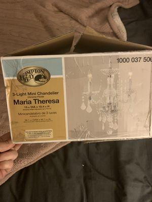 3 light mini chandelier for Sale in Fresno, CA